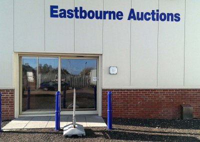 Eastbourne-Auction-House-Single-Sliding-Door